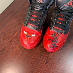 "Jordan 5 ""Chicago"" shoe custom"